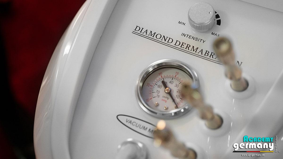 shr-ipl Diamant-Microdermabrasion - ipl-shr-diamant-microdermabrasion07.jpg